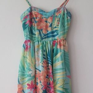 MIMI CHICA TROPICAL/FLORAL HIGH LOW BILLOWY DRESS